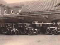 Krankenwagen im Innenhof